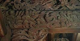 Cảnh vui xuân trên các bức chạm gỗ đình Phùng
