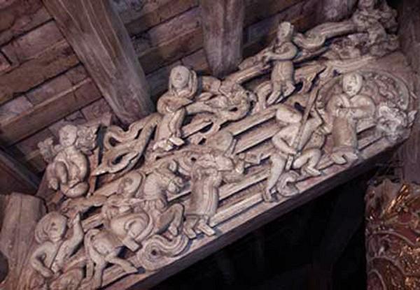 Cảnh vui xuân trên các bức chạm gỗ đình Phùng - Ảnh 1